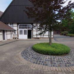 Pflege der Außenanlagen des Reflex Training Center Ahlen