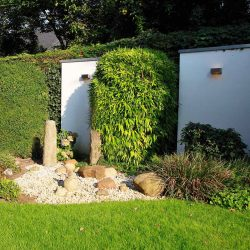 Sichtschutz – Mauerelemente mit Beleuchtung